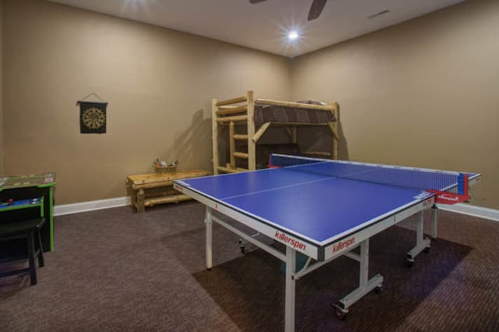 Pigeon Forge, Tennessee Chalet Rental - Gallery Image #21